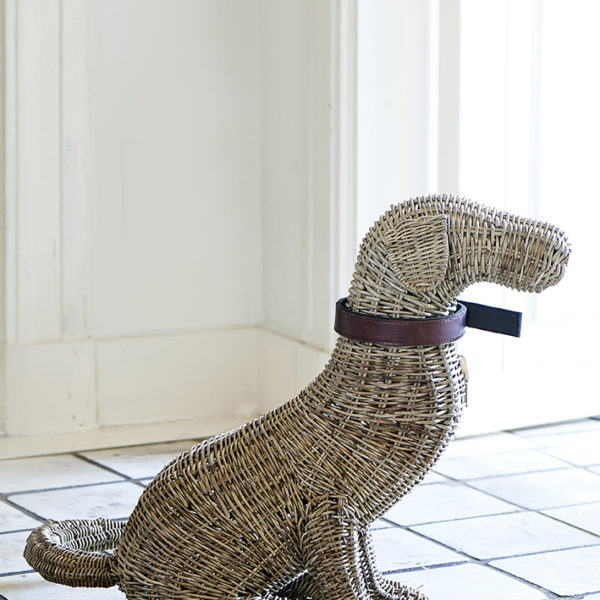 Rustic Rattan Classic Dog