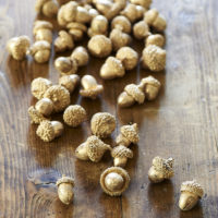 Mini Acorns gold